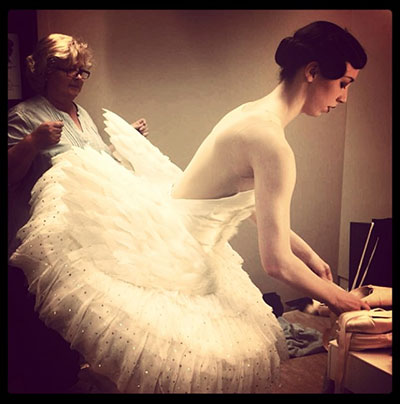 Samantha Lynch preparing to perform Cygne. Photo courtesy of the artist.