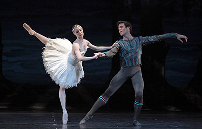 Sara Webb and Connor Walsh in Stanton Welch's Swan Lake. Photo by Amitava Sarkar.