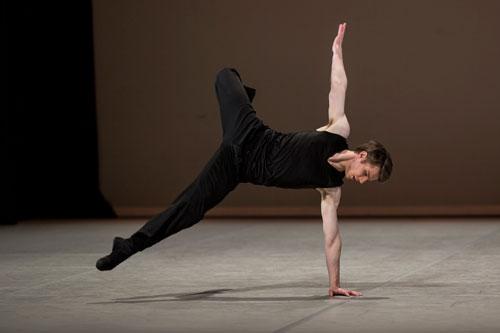 Joel Woeller competes at the Prix de Lausanne. Photo: Gregory Batardon.