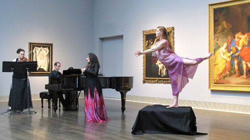 Divergence Vocal Theater and soprano Misha Penton bring an ancient Greek heroine to life at the Museum of Fine Arts Houston. L-R: Meredith Harris, Kyle Evans, Misha Penton, Meg Brooker Photo: Dave Nickerson