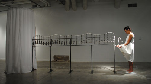 Desiring-Machine I (y/o la reencarnación femenina de Sísifo) - Installation/Performance / Paula Gaetano-Adi.
