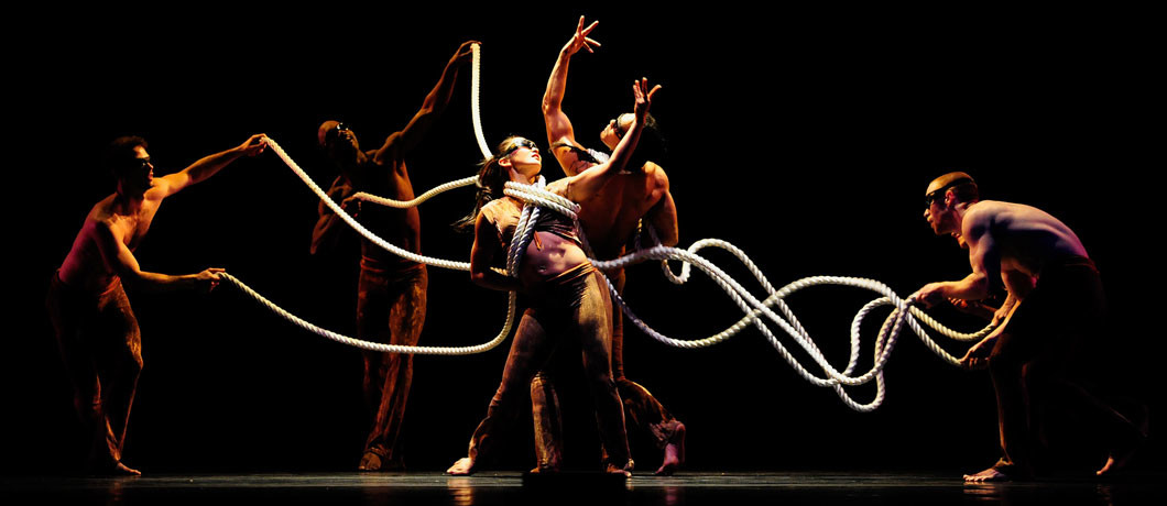 Pilobolus-featured