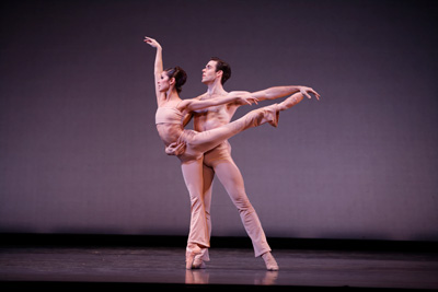 Houston Ballet's Connor Walsh and Lauren Strongin in Stanton Welch's Sons de L'âme. Photo by Sébastien Mathé.