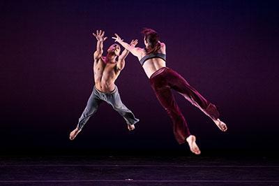Carolyn Dorfman Dance Company   (505)   Keystone  Photo by Christopher Duggan.