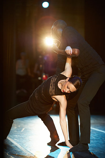 MET dancers Lisa Wolff and Terrill Mitchell in Peter Chu's Hidden in Plain Sight. Photo credit by Simon Gentry.