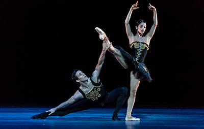 Karina Gonzalez and Connor Walsh in Jorma Elo's One/End/One. Photo by Amitava Sarkar.