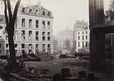 Charles Marville, Percement de l'avenue de l'Opéra (Construction of the avenue de l'Opéra), December 1876, albumen print from collodion negative, Musée Carnavalet, Paris. Image © Charles Marville / Musée Carnavalet / Roger-Viollet.