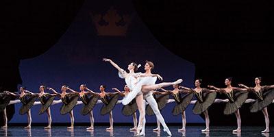 Katherine Precourt and Aaron Robison in Houston Ballet production of Paquita. Photo by Amitava Sarkar.