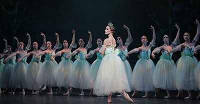 Kelly Myernick and Artists of Houston Ballet in Giselle. Photo by Amitava Sarkar.