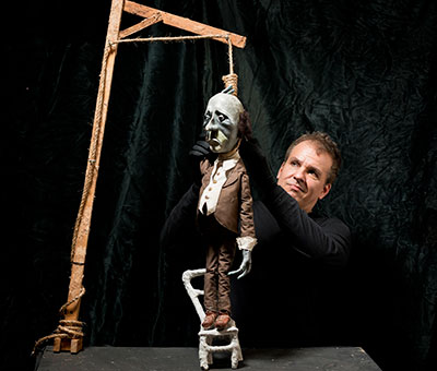 Greg Dean and Sid in Bobbindoctrin Puppet Theatre's Danse Macabre Photo by Anthony Rathbun.