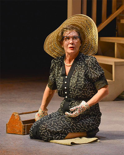 Annalee Jefferies in Dallas Theater Center's production of Driving Miss Daisy. Photo by Karen Almond.