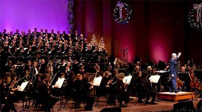 Dallas Symphony Christmas Pops Photo by Mark Kitaoka.