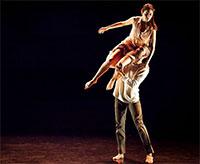 Dark Circles Contemporary Dance in Joshua Peugh's Marshmallow. Photo by Lynn Lane.