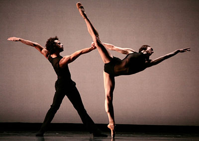 Rubi Pronk and Drew Jacoby premiered Annabelle Lopez Ochoa's One at Dance Salad in 2008. Photo by Amitava Sarkar.
