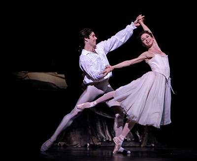 Connor Walsh and Amy Fote in the Houston Ballet production of Kenneth MacMillan's Manon. Photo by Amitava Sarkar.