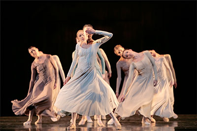 Amy Fote and Artists of Houston Ballet in  Jiri Kylian's Svadebka. Photo by Amitava Sarkar.