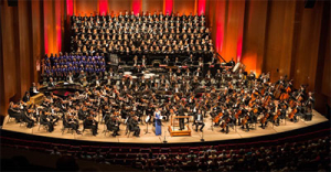 Houston Symphony with the Colombian Youth Philharmonic in Carmina Burana. Photo by Wilson Parish.