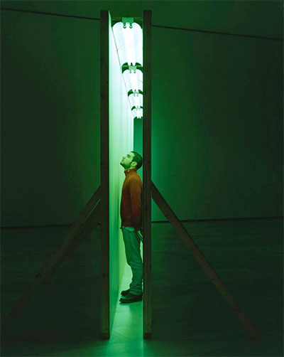 Bruce Nauman, Green Light Corridor, 1970. Painted wallboard and fluorescent light fixtures with green lamps. 10 x 40 x 1 feet, dimensions variable. Installation view, Changing Perceptions: The Panza Collection at the Guggenheim Museum, Guggenheim Museum Bilbao, Spain, 2000. Artwork © 2015 Bruce Nauman / Artists Rights Society (ARS), New York. Courtesy the Solomon R. Guggenheim Museum, New York. Panza Collection, Gift. Image © the Solomon R. Guggenheim Museum, New York. Photograph by Erika Barahona Ede.