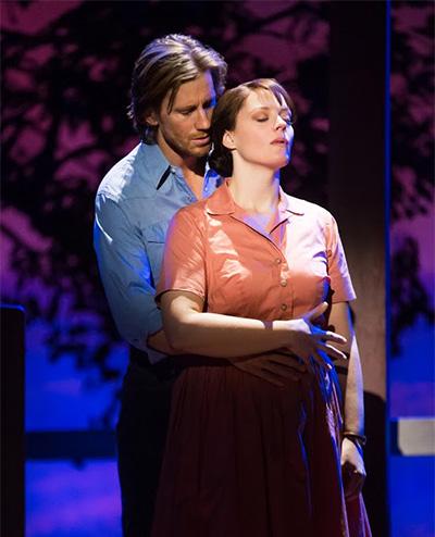 Andrew Samonsky (Robert) and Elizabeth Stanley (Francesca).