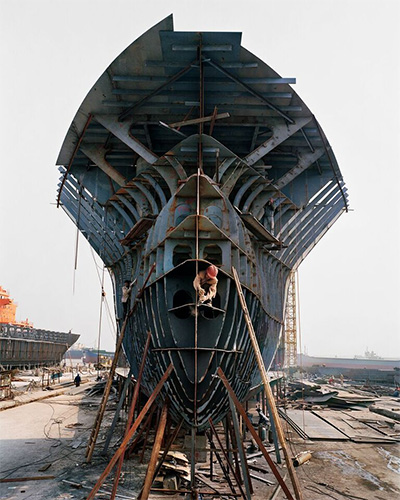 Edward Burtynsky. China Shipyard.