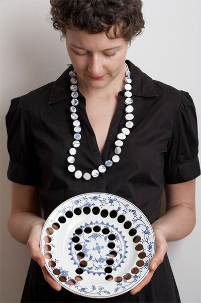 Gésine Hackenburg, Kitchen Necklace, 2006. Old and antique earthenware, thread. Photo by Corriette Schoenaerts.