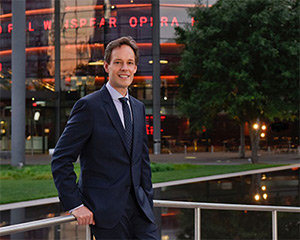 Composer Jake Heggie (Moby-Dick) outside the Winspear Opera House. Photo by Karen Almond for Opera News.