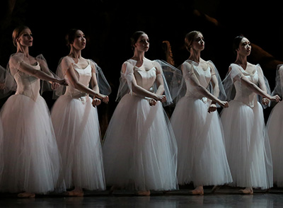 Artists of Houston Ballet in Stanton Welch's Giselle.