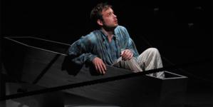 Juicy roles bring Stephen Costello back to Dallas Opera