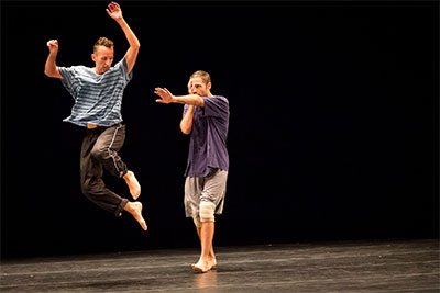 Oded Graf and Yossi Berg in Heroes part 2.