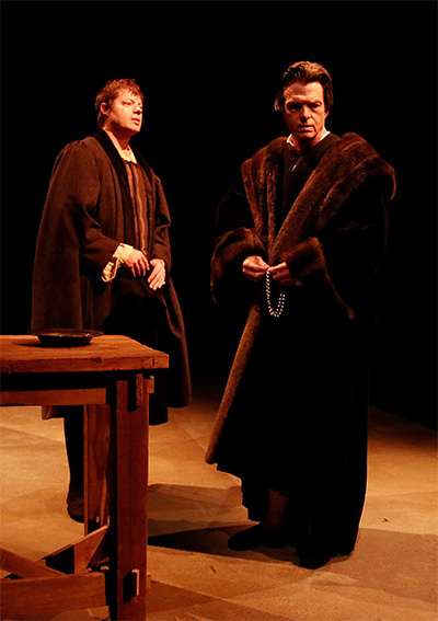 Thomas Cromwell (Joel Grothe) and Thomas More (Joel Sandel).