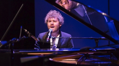 Sing Me Another: Gabriel Kahane at Aperio