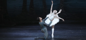 Then and Now: Houston Ballet's Swan Lake Returns to Jones Hall