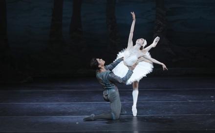 Then and Now: Houston Ballet's Swan Lake Returns to Jones Hall